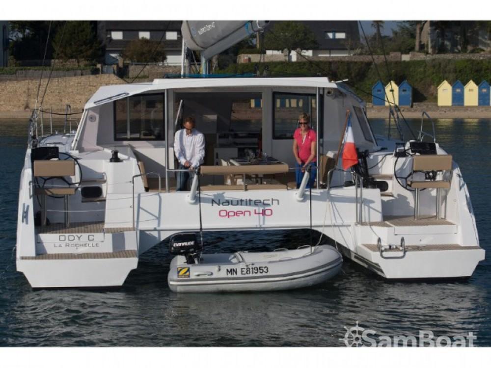 Louer Catamaran avec ou sans skipper Nautitech à Marina Naviera Balear
