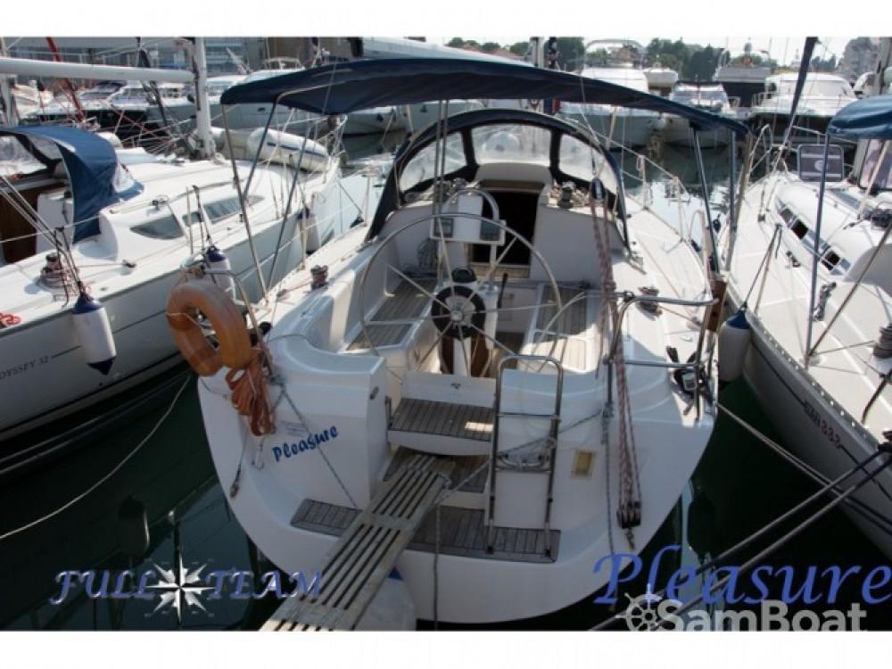 Location bateau Marina Kornati pas cher Elan 333