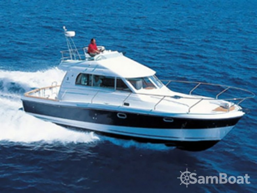 Bateau à moteur à louer à Marina Zadar au meilleur prix