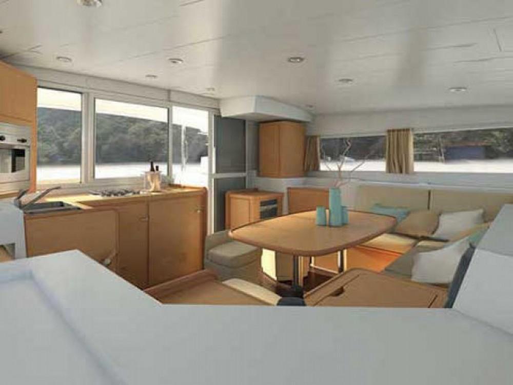 Location bateau Fethiye pas cher Lagoon 400