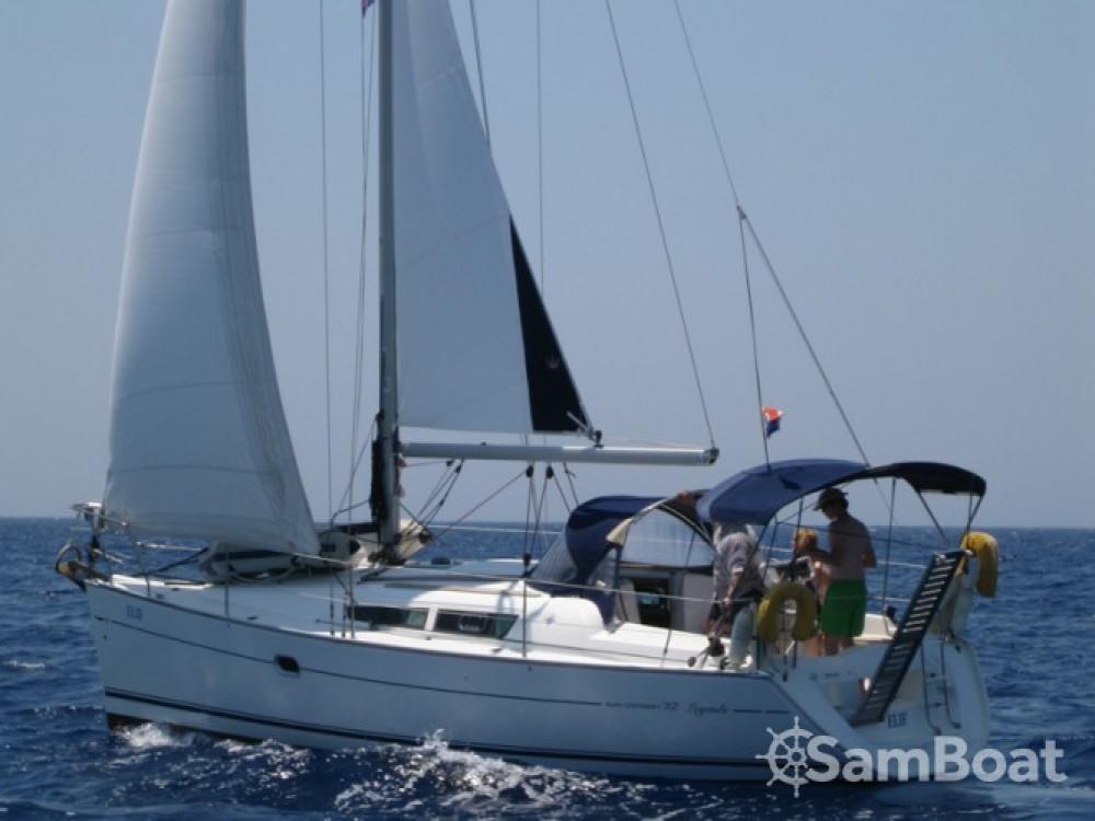 Jeanneau Sun Odyssey 32i entre particuliers et professionnel à Fethiye