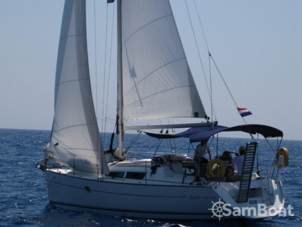 Louez un Jeanneau Sun Odyssey 32i à Fethiye