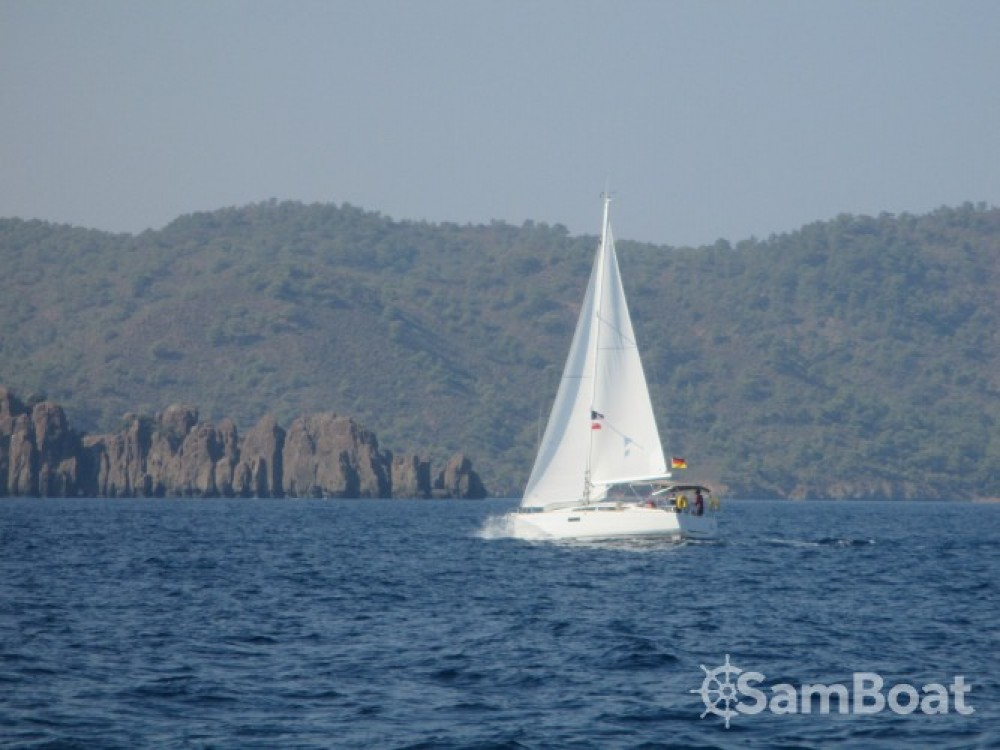 Location bateau Jeanneau Sun Odyssey 349 à Fethiye sur Samboat
