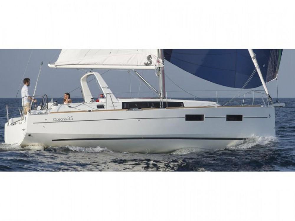 Location bateau Marmaris pas cher Beneteau Oceanis 35