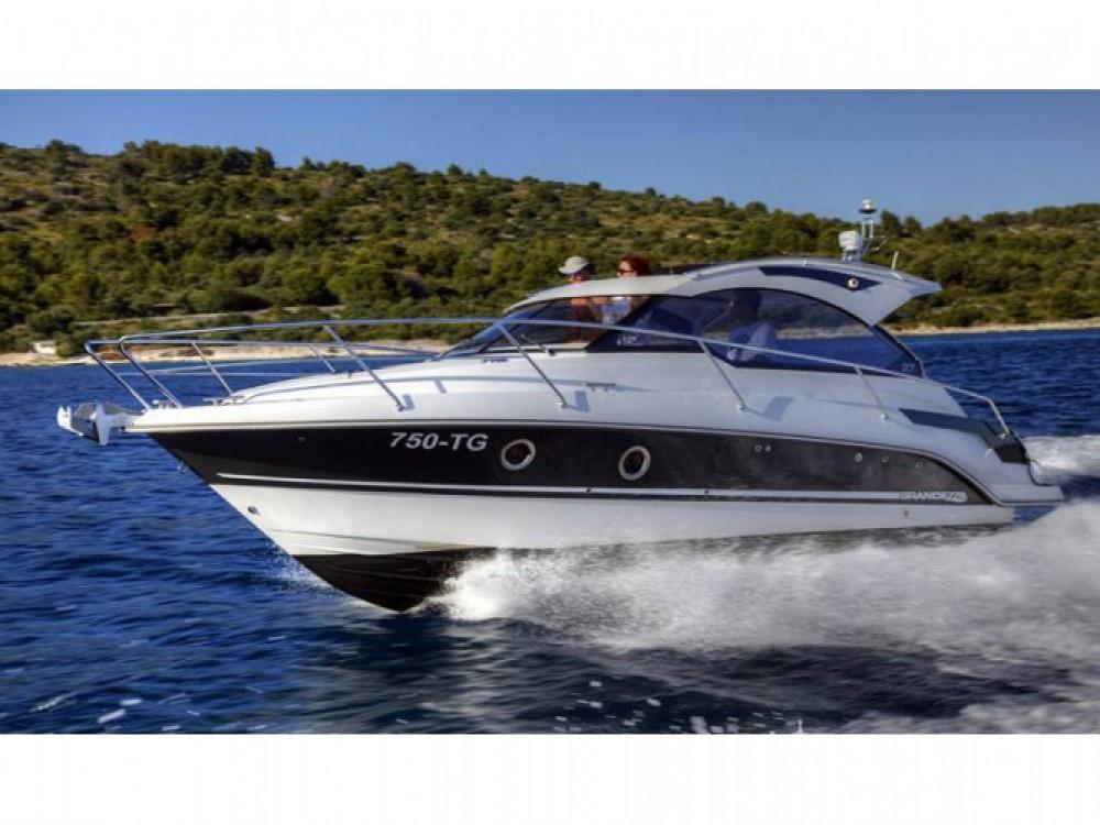 Grandezza Grandezza 27 OC entre particuliers et professionnel à Trogir