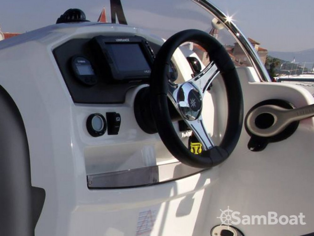 Location yacht à Trogir - Jeanneau Jeanneau Cap Camarat 5.5WA S2 sur SamBoat