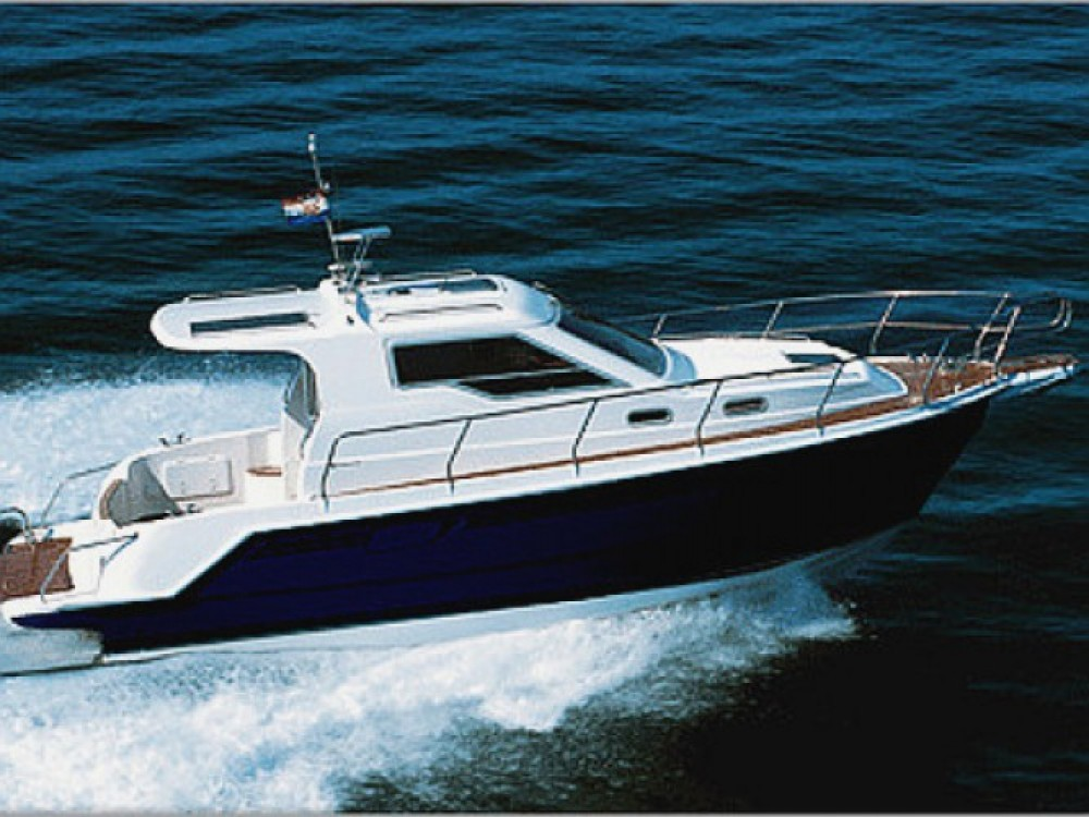 Louez un Sas Vektor Vektor 950 à Marina Zadar