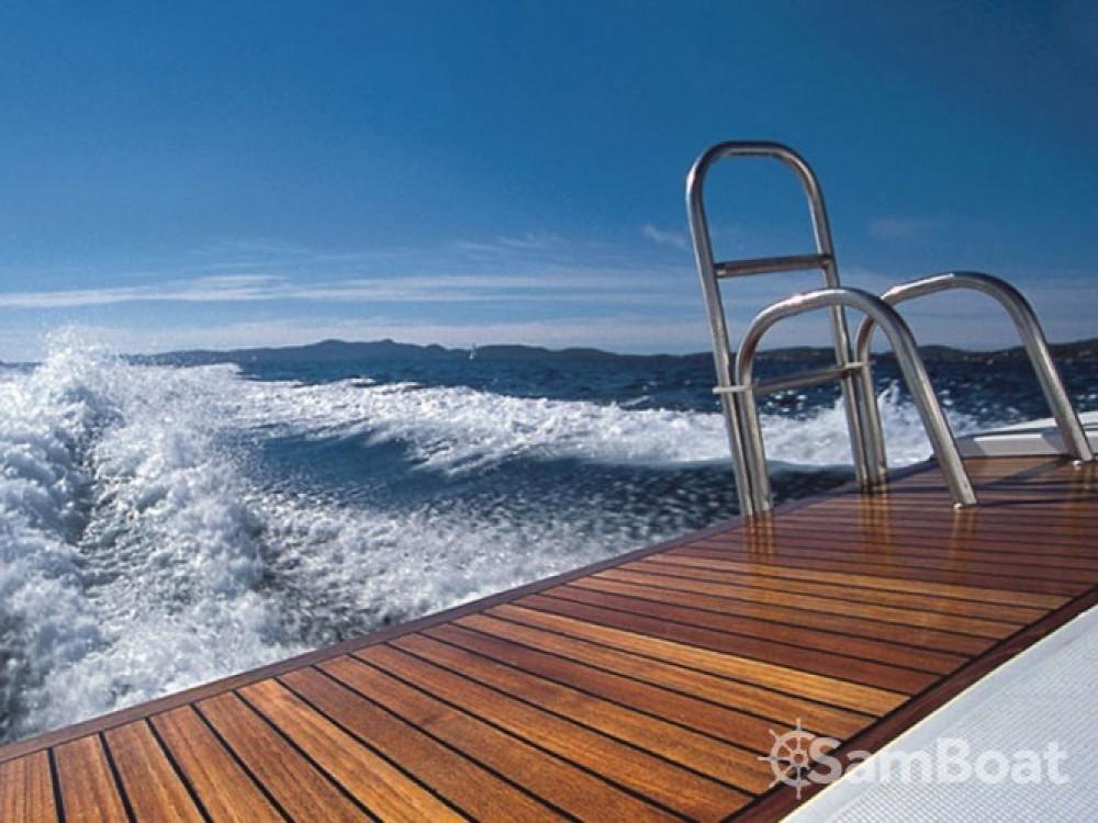 Louer Bateau à moteur avec ou sans skipper Sas Vektor à Marina Zadar