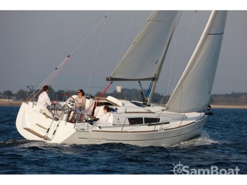Louer Voilier avec ou sans skipper Jeanneau à Marina Kornati