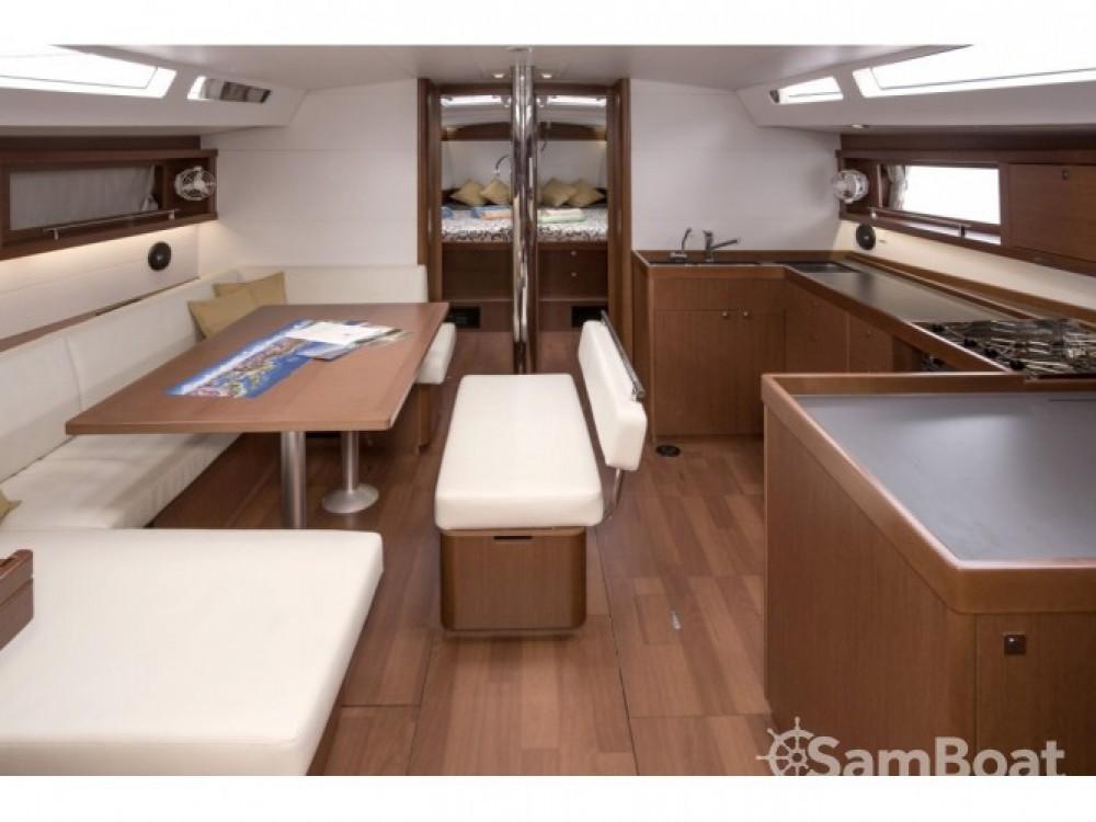 Location Voilier à  - Bénéteau Oceanis 48 (4 cabins)