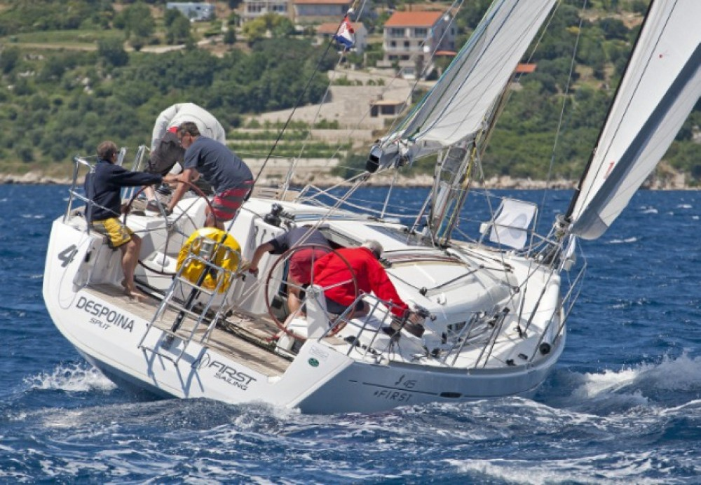 Location bateau Bénéteau First 45 à Marina Kaštela sur Samboat