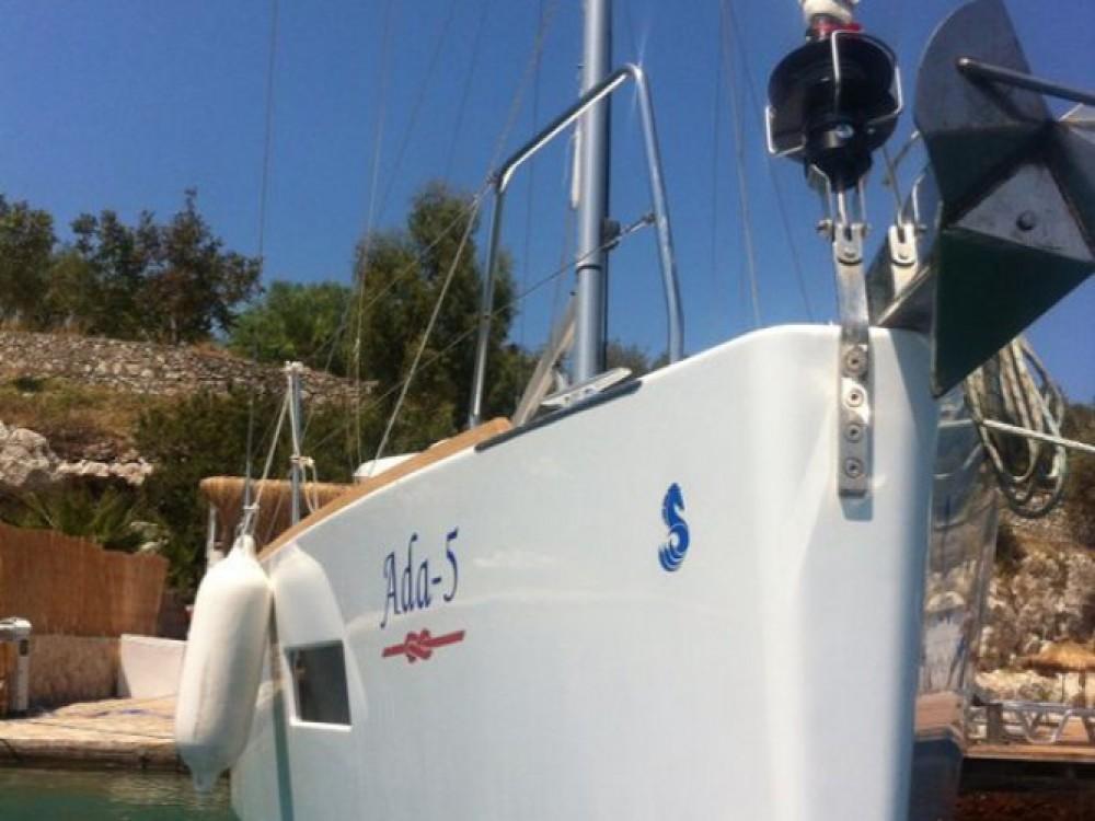 Location bateau Marmaris pas cher Beneteau - Oceanis 38