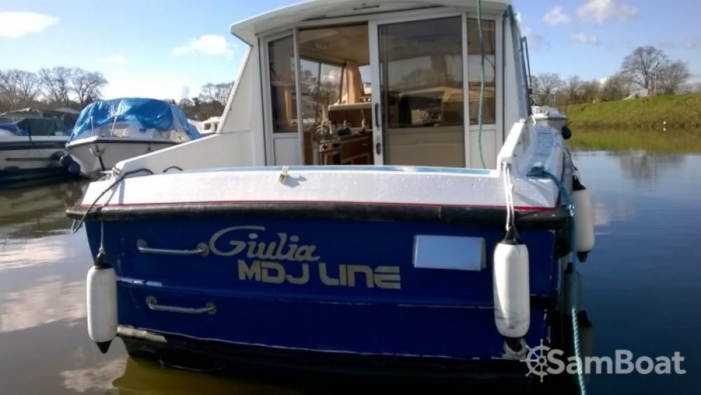 Louer Péniche avec ou sans skipper Bounty-Boats à Guipry-Messac
