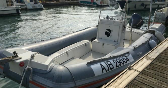 Louer Semi-rigide avec ou sans skipper Lomac à Palavas-les-Flots