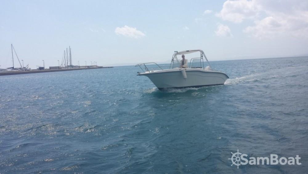 Location bateau Roses pas cher Ultramar 660 Open
