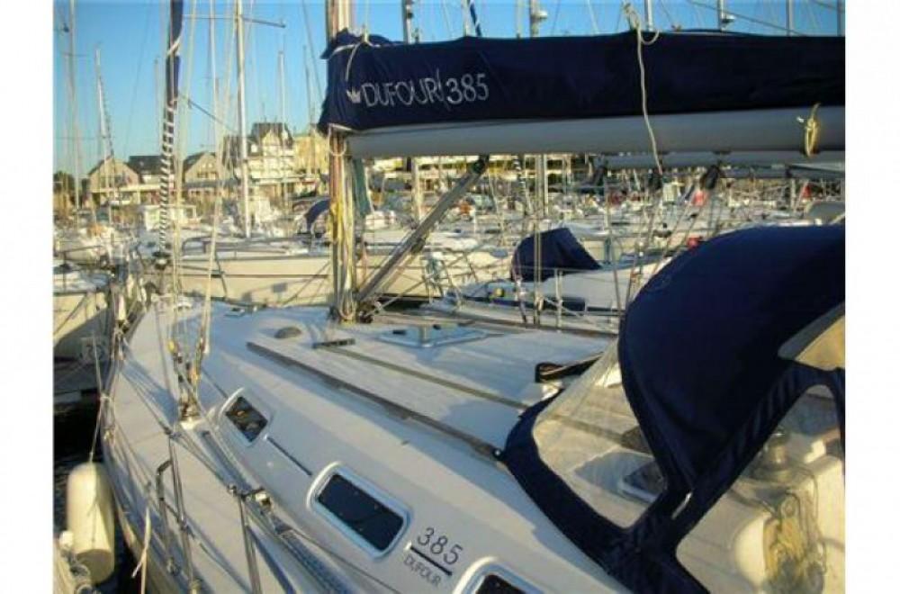 Location yacht à Arzon - Dufour 385 sur SamBoat