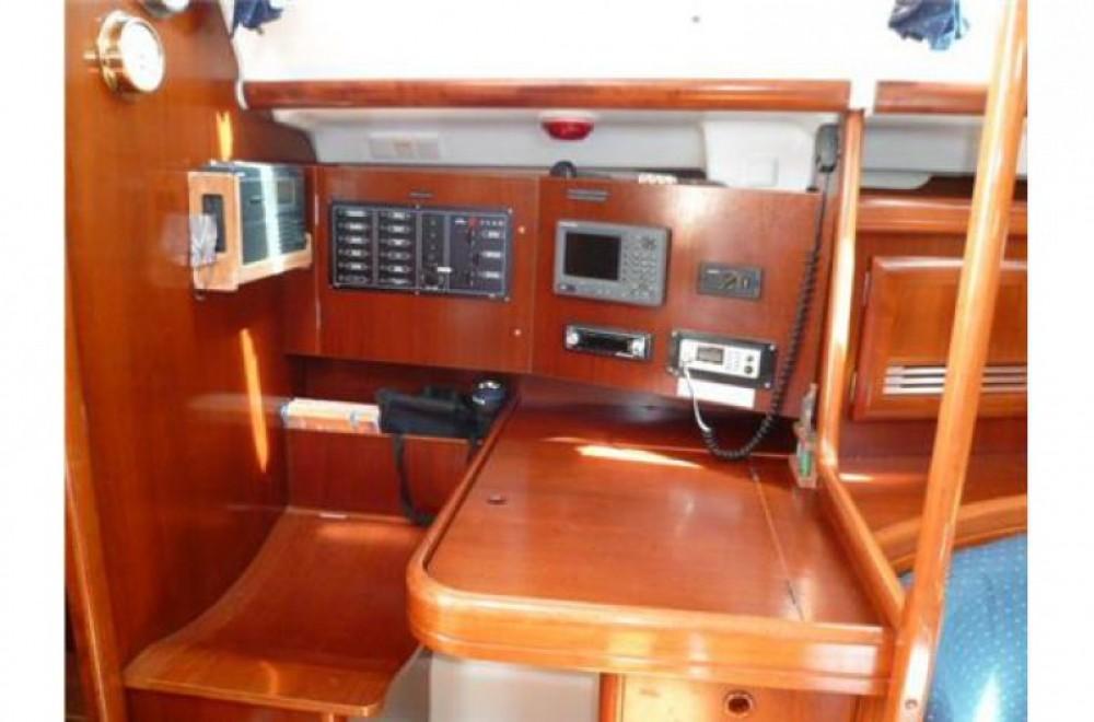 Location yacht à Arzon - Oceanis 393 sur SamBoat