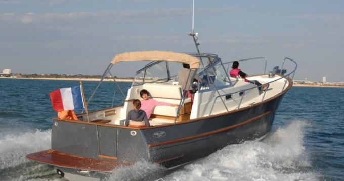 Louer Bateau à moteur avec ou sans skipper Rhea à Arzon