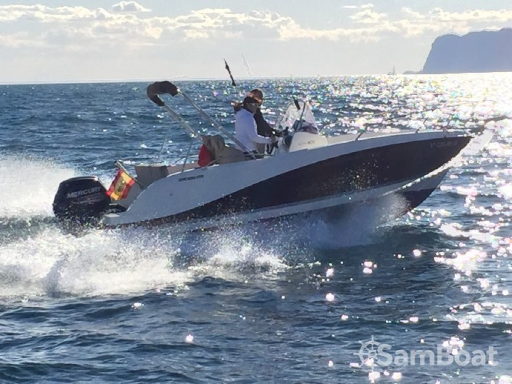 Rental Motor boat in Alicante - Quicksilver Activ 605 Open