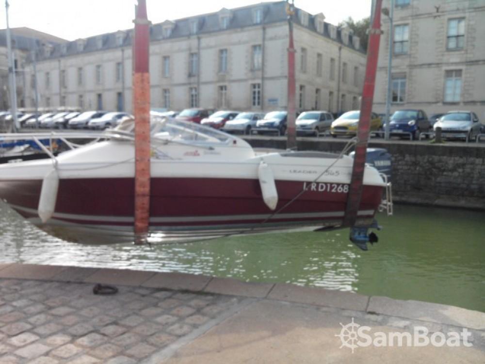 Location bateau Jeanneau 545 à Rochefort sur Samboat