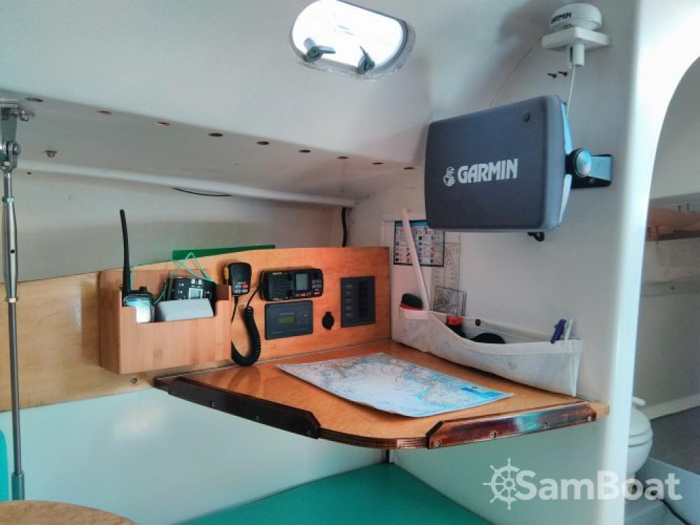 Louez un Gl-Composite DJANGO 75 Quillard à Port du Crouesty