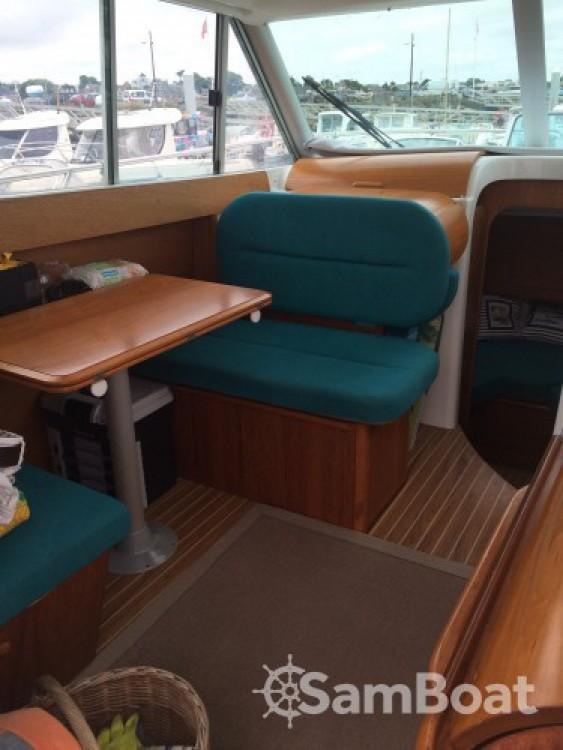 Location yacht à Saint-Quay-Portrieux - Jeanneau Merry Fisher 805 sur SamBoat