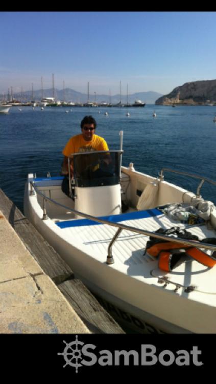 Louez un Aquamar Vulcanissimo à Marseille