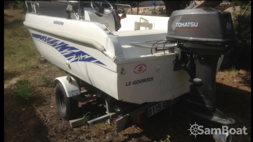 Aquamar Vulcanissimo entre particuliers et professionnel à Marseille