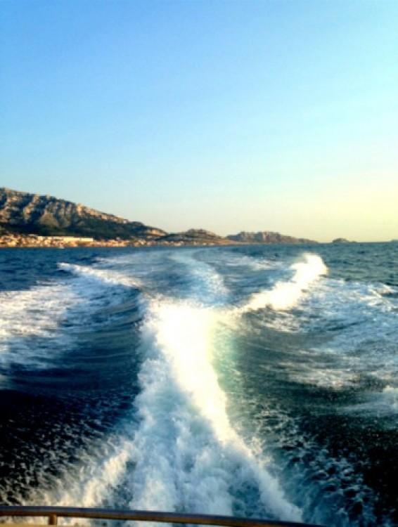 Location Bateau à moteur à Marseille - Cranchi Endurance 41