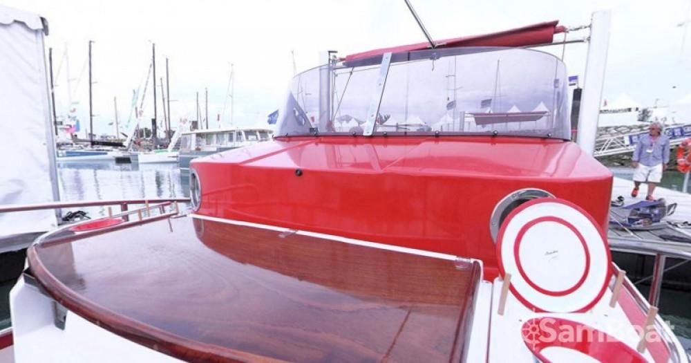 Louer Bateau à moteur avec ou sans skipper Beacher à Arcachon