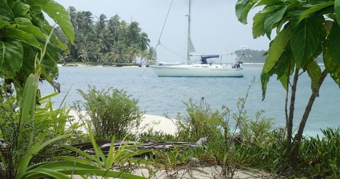 Location bateau Moody 422cc à Gruissan sur Samboat