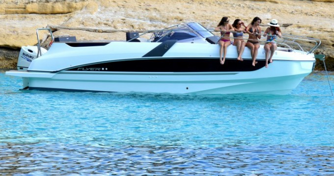 Hire Motor boat with or without skipper Bénéteau Club de Mar