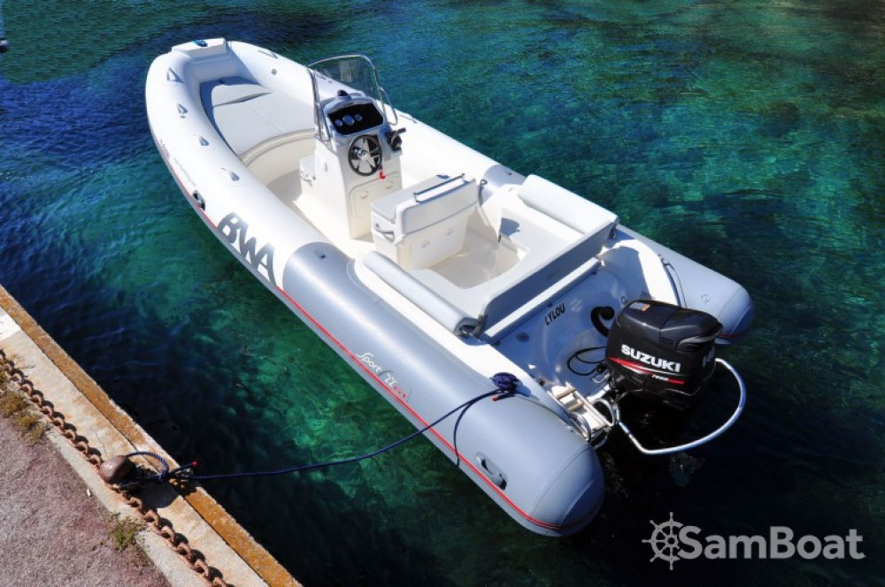 Location bateau Bwa Sport 22 GT à Cogolin sur Samboat
