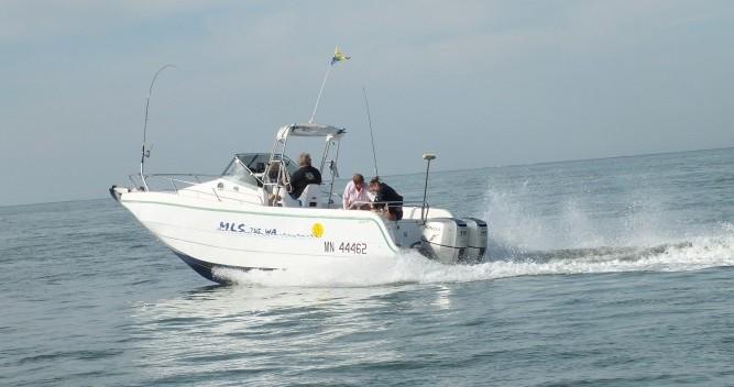 Location yacht à La Palmyre - Lms 7.05 Hors bord 2 moteurs de 115ch Honda sur SamBoat