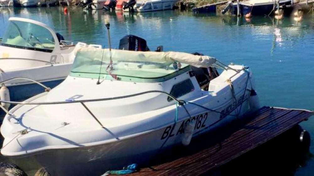 Location yacht à Narbonne - Quicksilver Quicksilver 435 Open sur SamBoat