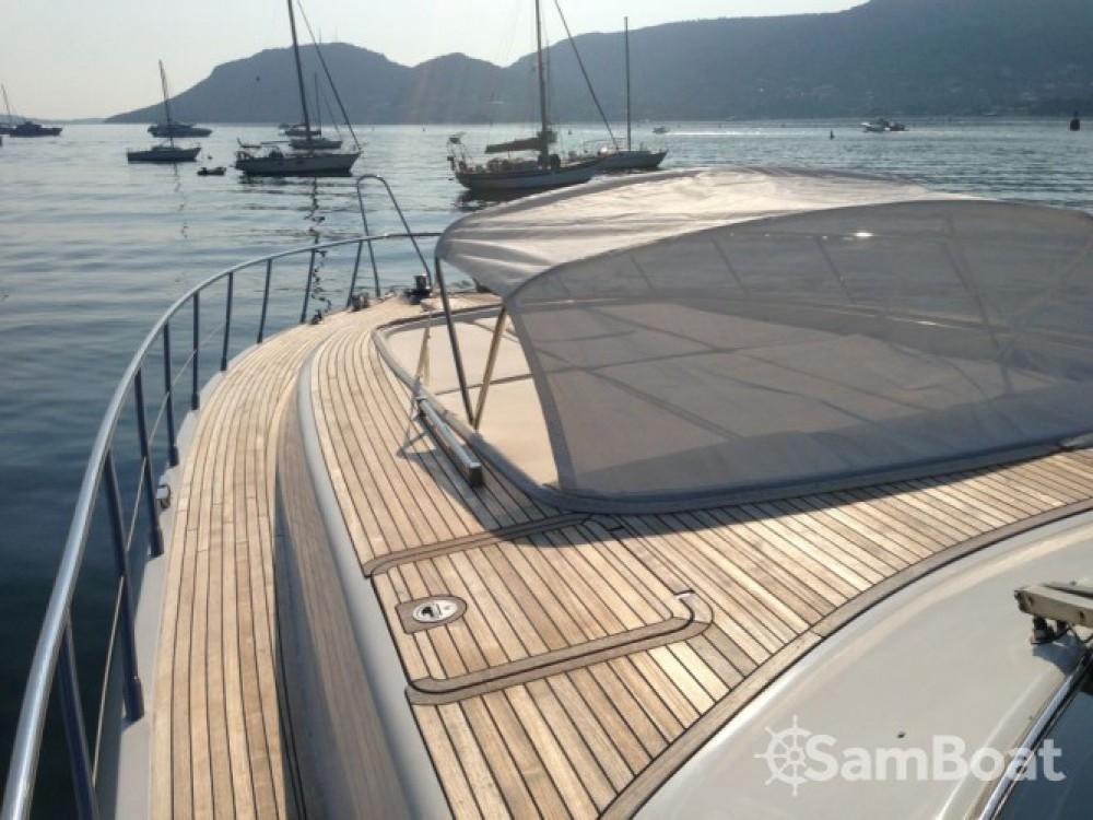 Location bateau Mangusta Mangusta 80 à Club de Mar sur Samboat