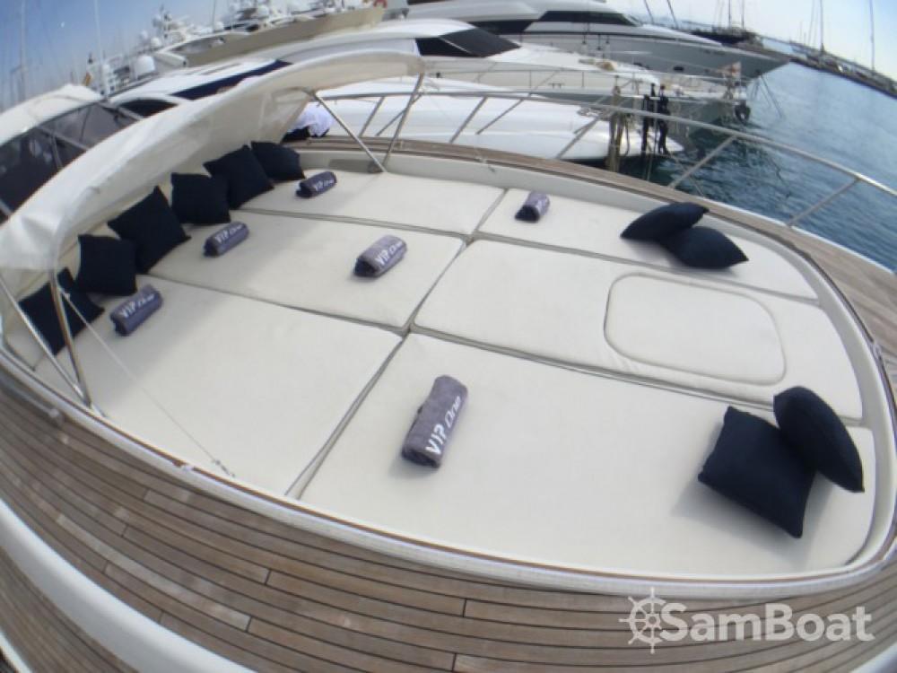 Mangusta Mangusta 80 entre particuliers et professionnel à Club de Mar