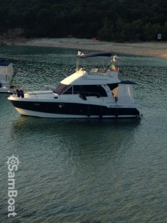 Location bateau Bénéteau Antares 980 à Ajaccio sur Samboat