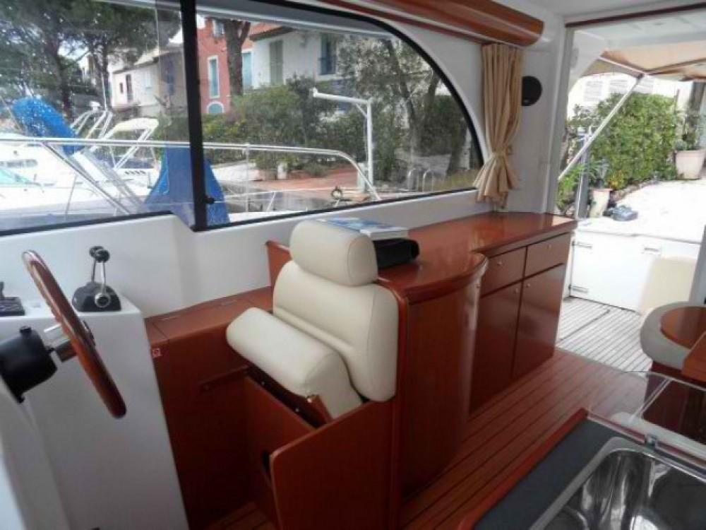 Location bateau Ajaccio pas cher Antares 980