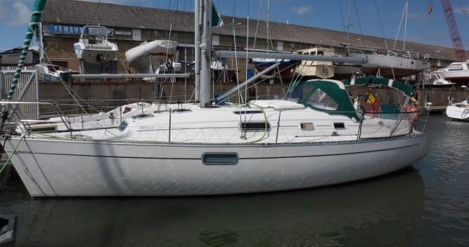 Bénéteau Oceanis 321 entre particuliers et professionnel à Le Verdon-sur-Mer