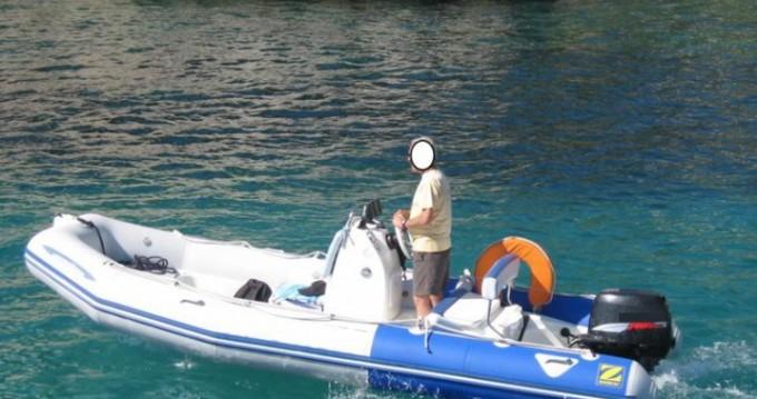 Louer Semi-rigide avec ou sans skipper Zodiac à Cany-Barville