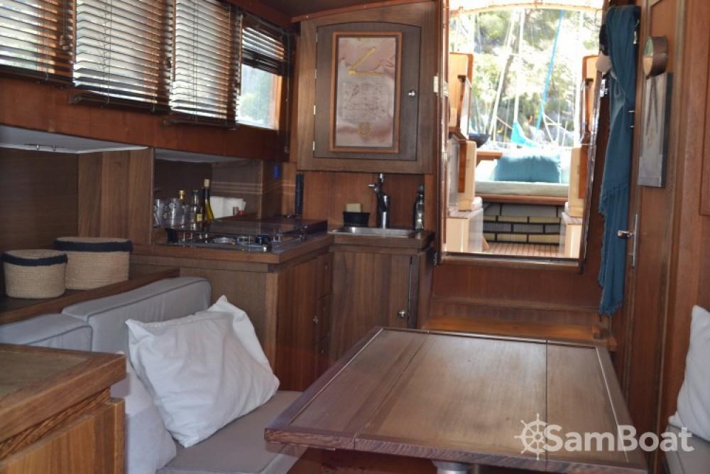 Location bateau Latitude46 ANDREYALE40 à Hyères sur Samboat