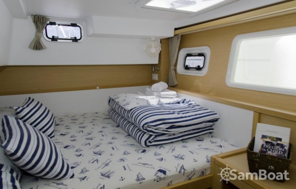 Boat rental Split cheap Lagoon 39
