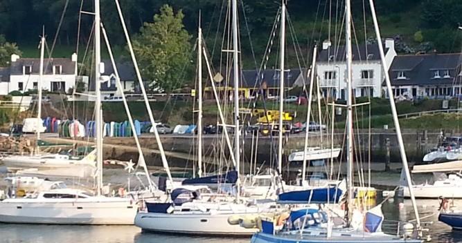 Noleggio barche Bavaria scapolofi 5 Locmiquélic su Samboat
