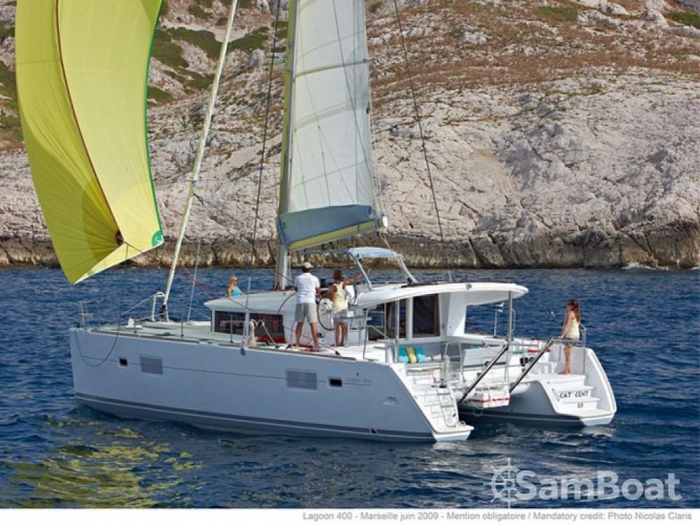 Location Catamaran à Grand Case - Lagoon Lagoon 400 S2