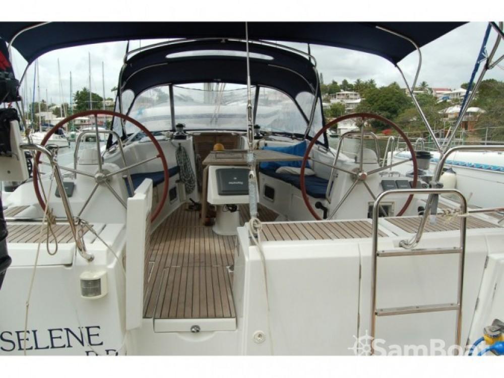 Location yacht à Le Marin - Bénéteau Oceanis 54 sur SamBoat