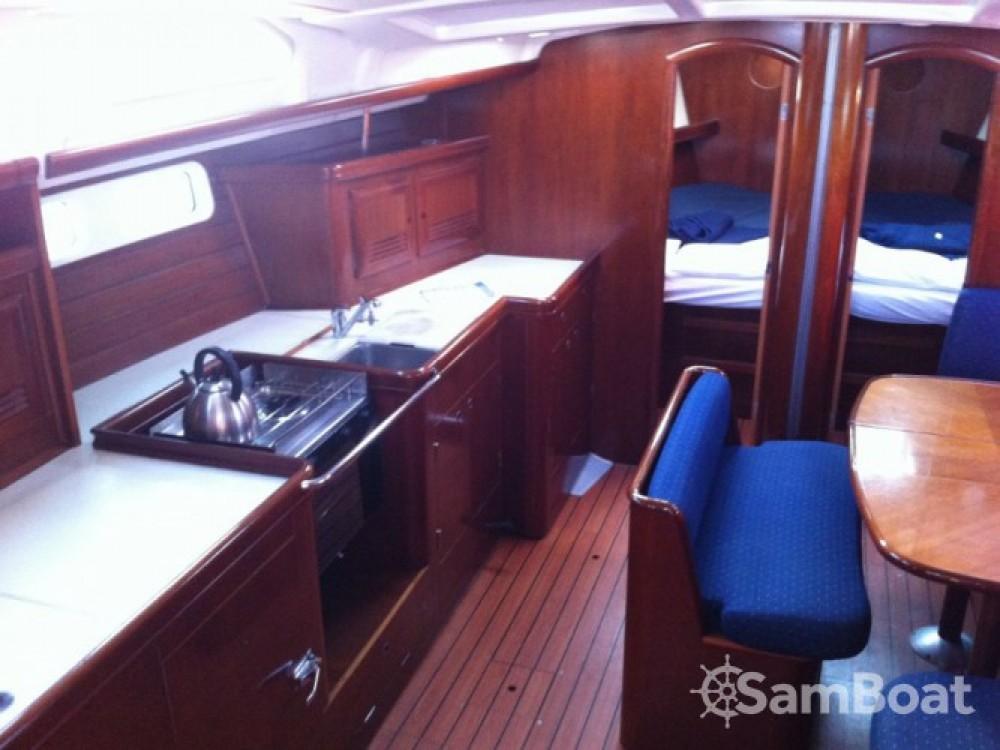 Bénéteau Oceanis 473 entre particuliers et professionnel à Sukošan