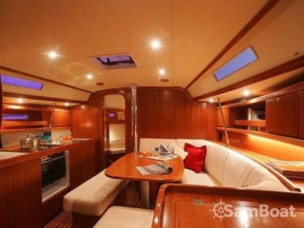 Location yacht à Salerne - Dufour Dufour 365 sur SamBoat