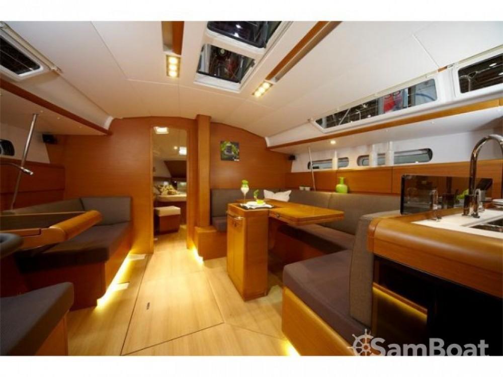 Location bateau Jeanneau Sun Odyssey 449 à Trapani sur Samboat