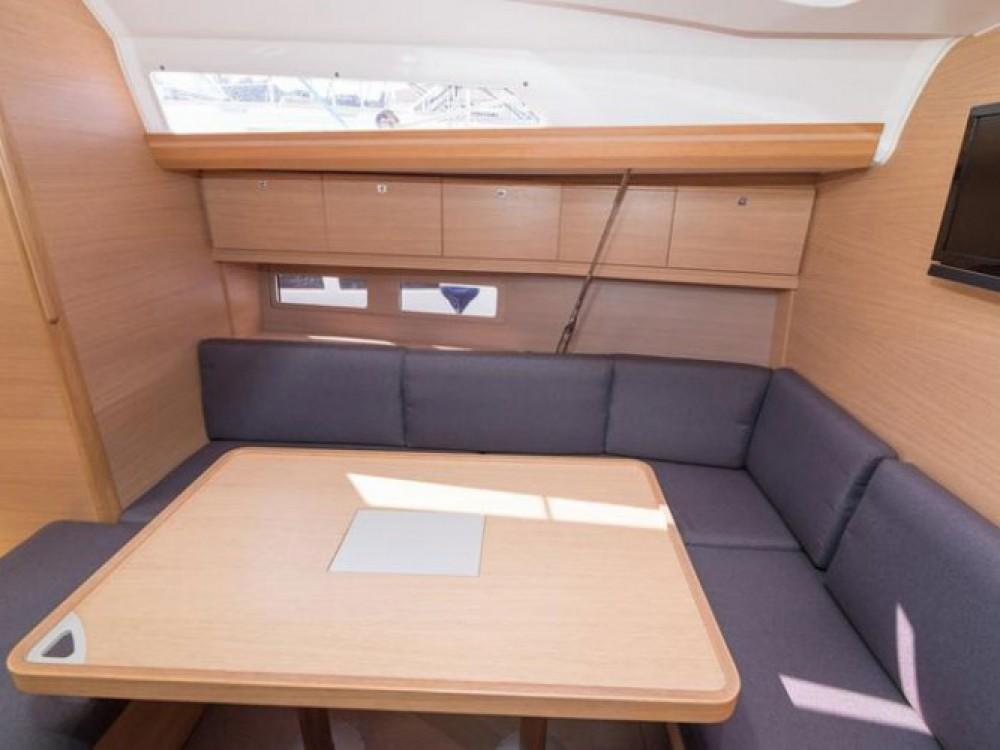 Location bateau Primošten pas cher Dufour 410 Grand Large